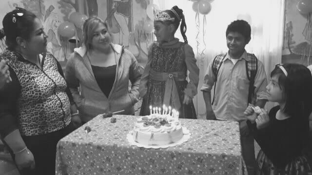 Alis cumple su sueño, celebra sus 15 años de vida