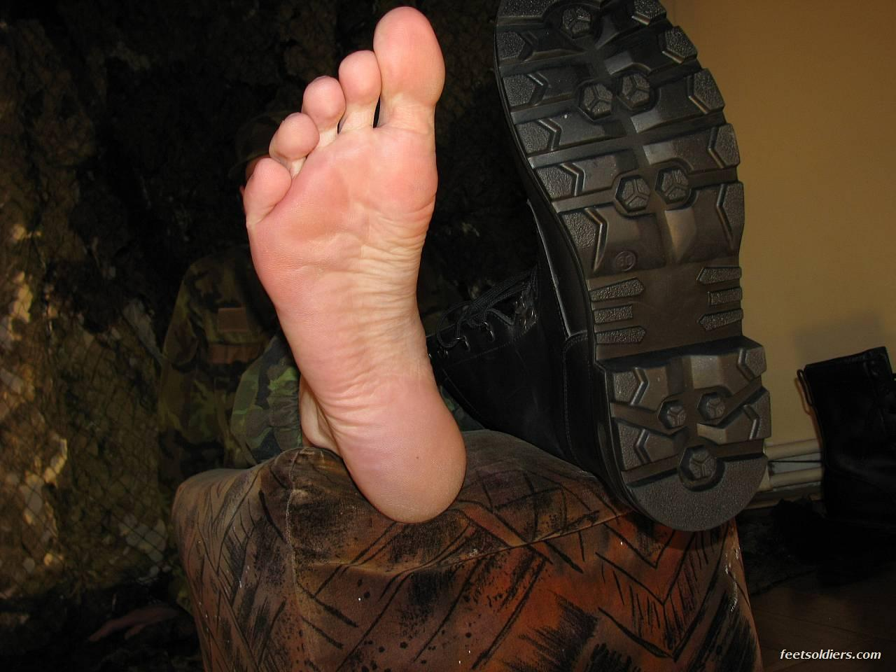escort uomini gay piedi video