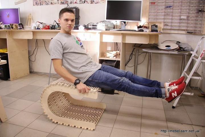 Тест фанерного стула на прочность