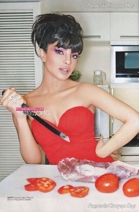 https://lh5.googleusercontent.com/-SQEOp3G_1io/TYI-1_-bliI/AAAAAAAACEI/oCrLB9qnh8o/s1600/Priyanka+Chopra+Sexy+former+miss+world+9.jpg