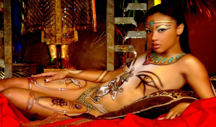Egyptian body art   Spoki