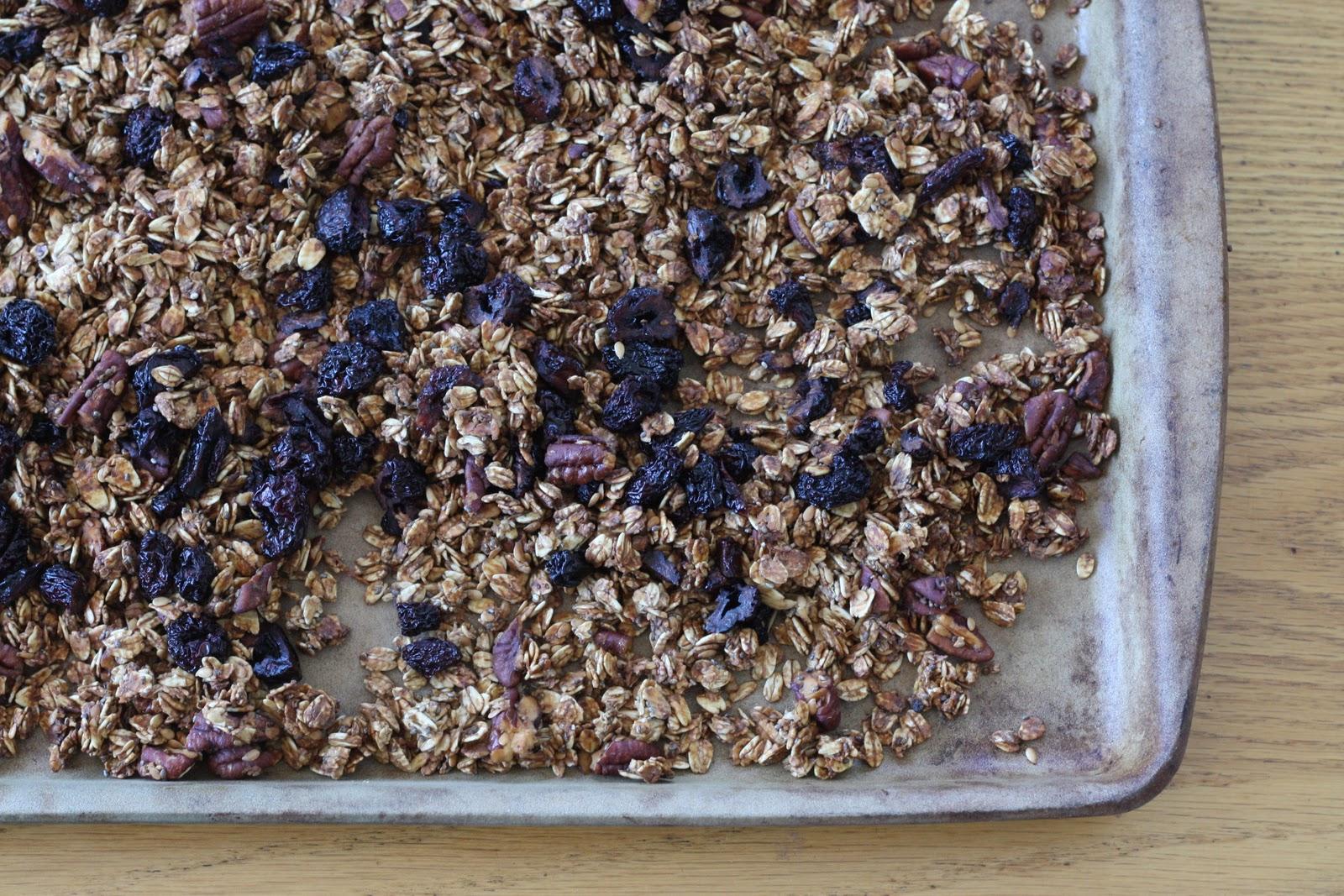 natural food blog: Cherry Pecan Granola