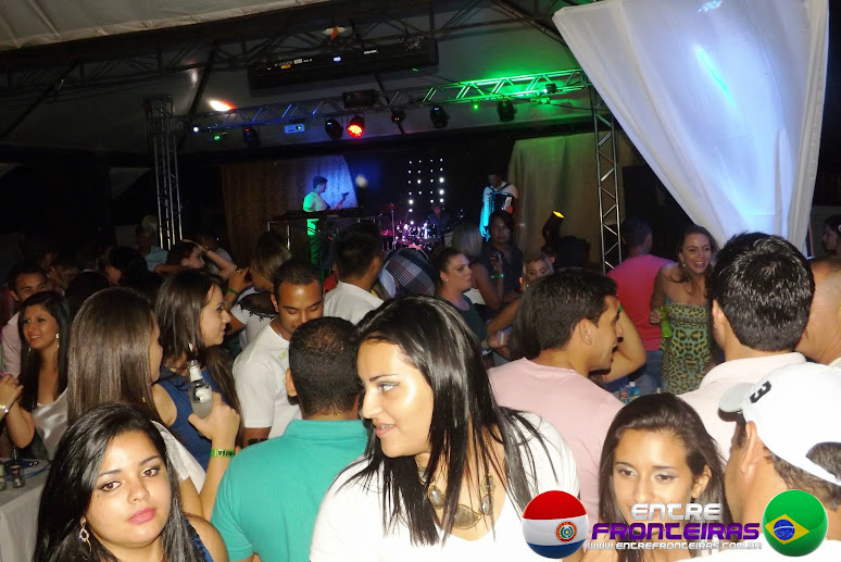 REVEILLON CELEBRATION PARTY 3 - OPENBAR