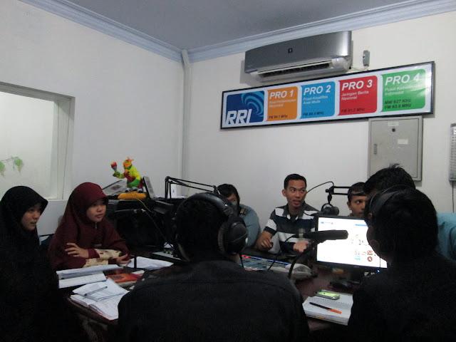 FSRMM sudah mengisi acara di RRI PRO 2, ROBBANI FM, dan An-nur FM