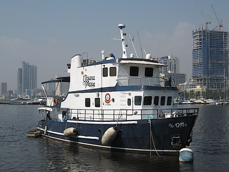 the Oceana Maria Scuba live-aboard dive boat