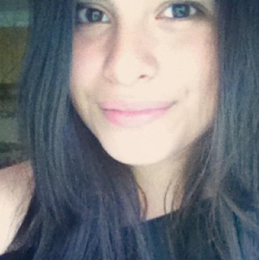 Daniela Nieves Photo 20