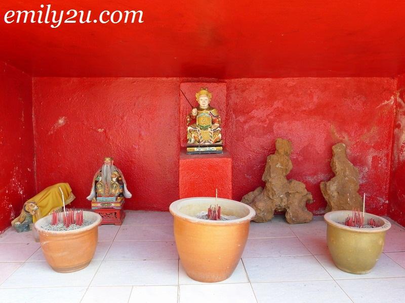 Lotus Flower Cave Temple