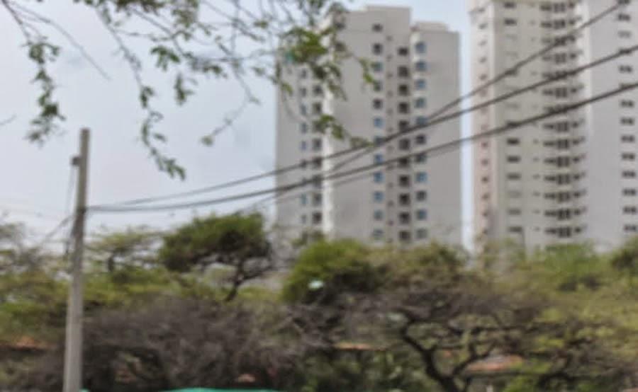 Lote en Santa Marta sobre la Avenida Tamaca frente al Río Gaira