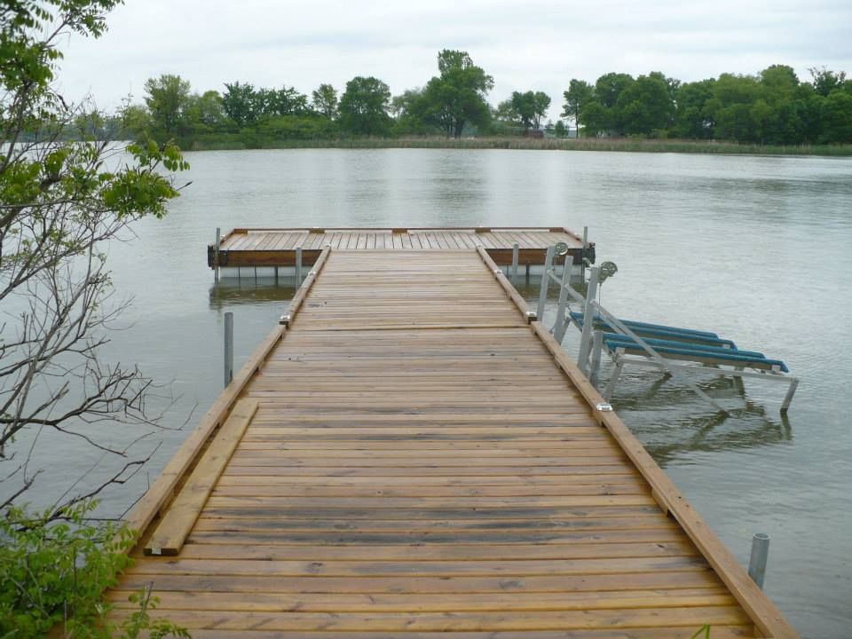 Floating dock diy and crafts and ideas on pinterest for Pond pier plans