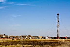 Denton: Texas city bans hydraulic fracturing
