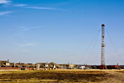 Denton: Texas city bans hydraulic fracturing