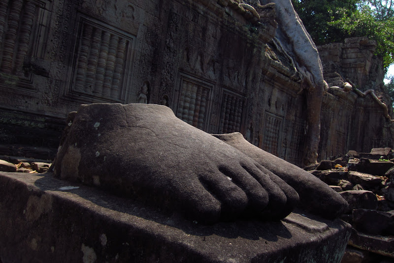 Disembodied feet at Preah Khan