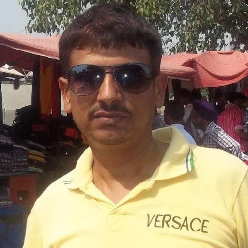 Naveen Chandra's image