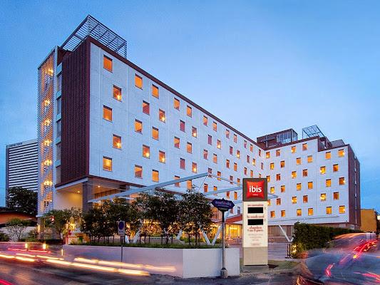 Hotel ibis Bangkok Sathorn, Soi Ngam Duphli Rama IV, Sathorn, Bangkok 10120, Thailand