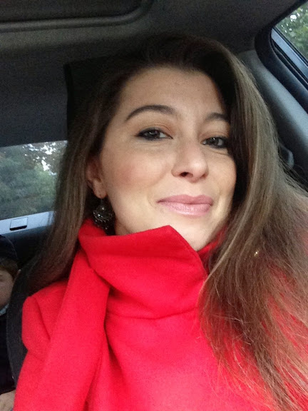 Гарчева Ірина Олександрівна - кандидат філологічних наук, викладач кафедри іноземних мов природничих факультетів.