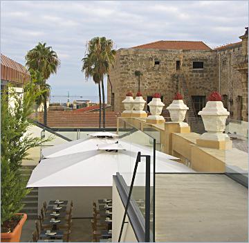 Sizilien - Palermo - Blick auf die Dachterasse der Obikà Mozzarella Bar im Kaufhaus La Rinascente.