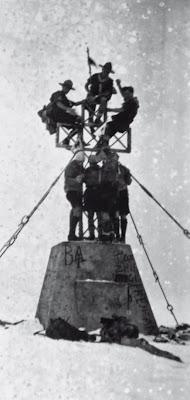 1928-1940 Fedeli e Ribelli