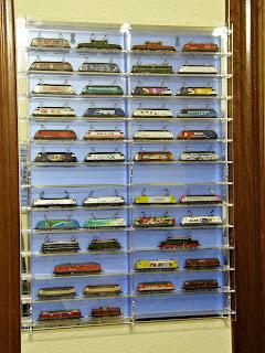 Vitrinas para nuestros trenes Acryl2