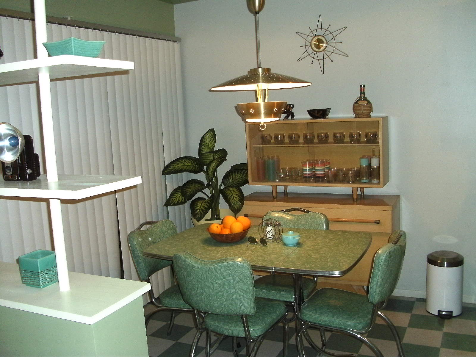 Livin The 50s Life: Suddenly, its 1956! The Dining Room