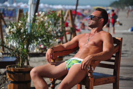 Geronimo's Hunks in Trunks for 2016 [men's fashion]