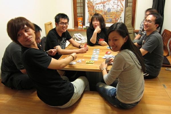 卡牌桌遊聚會:射鴨子