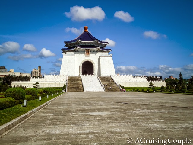 9 Cultural Faux Pas to Avoid in Taiwan