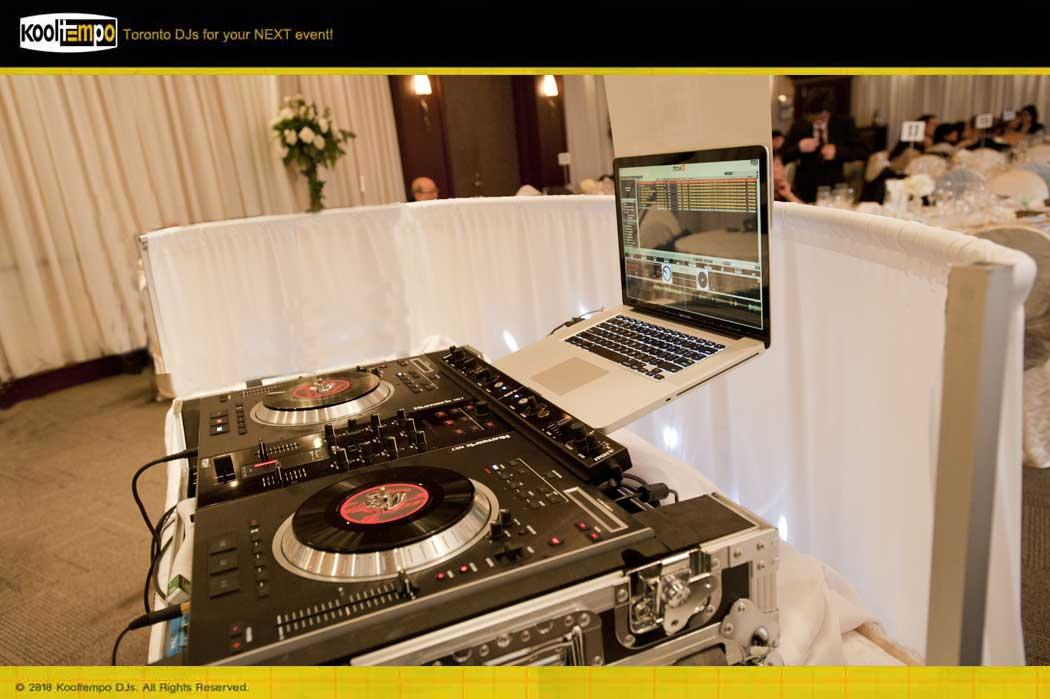 DJ Booth Façade