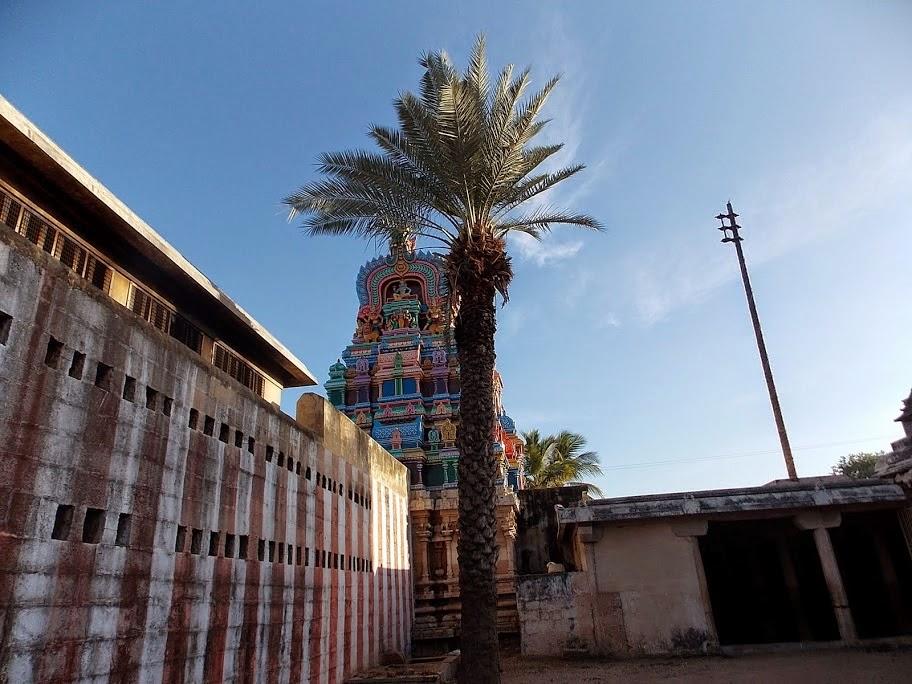 Thirukkurugur (Azhwar Thirunagari)