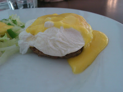 Poached egg from decanter!