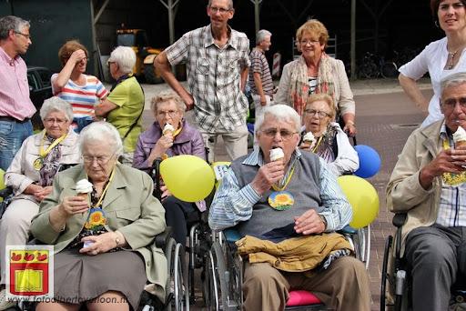 Rolstoel driedaagse 28-06-2012 overloon dag 2 (19).JPG