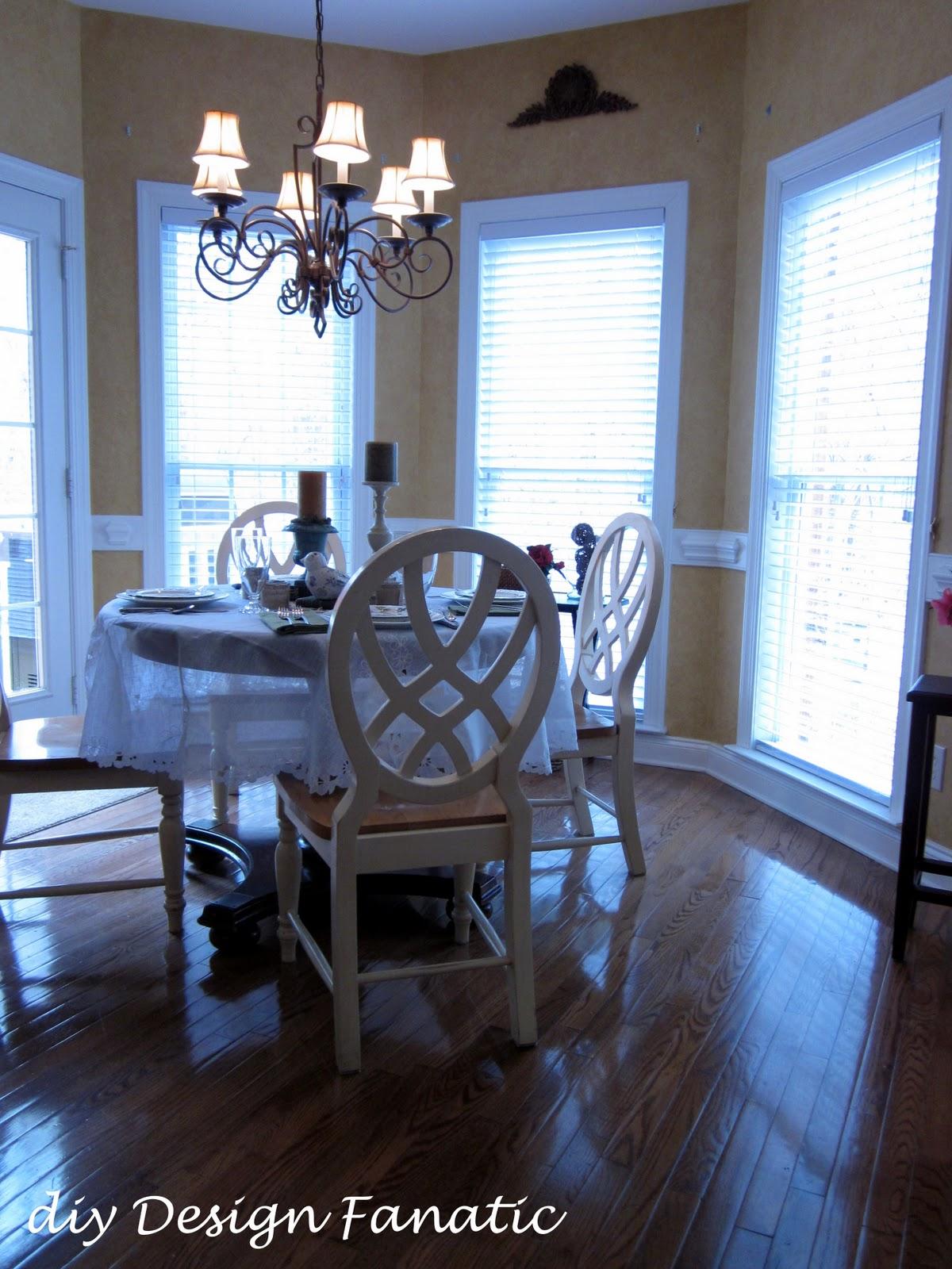 craigslist round dining room table