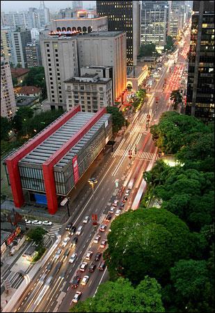 masp,_a_casa_das_artes_na_avenida_paulis