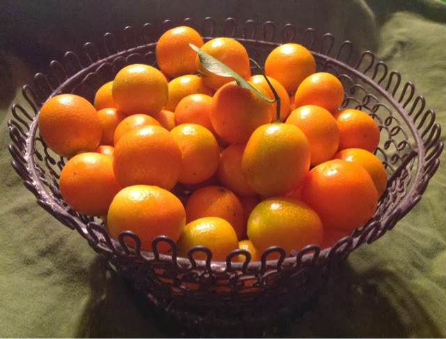 bowlful of kumquats