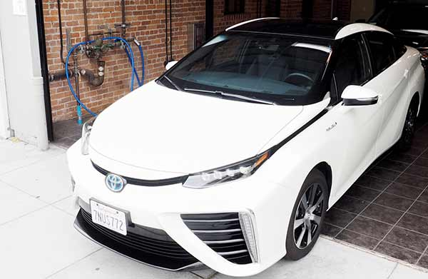 Toyota Mirai drives like a Camry