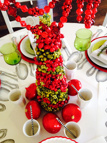 red and lime green tablescape paper runners