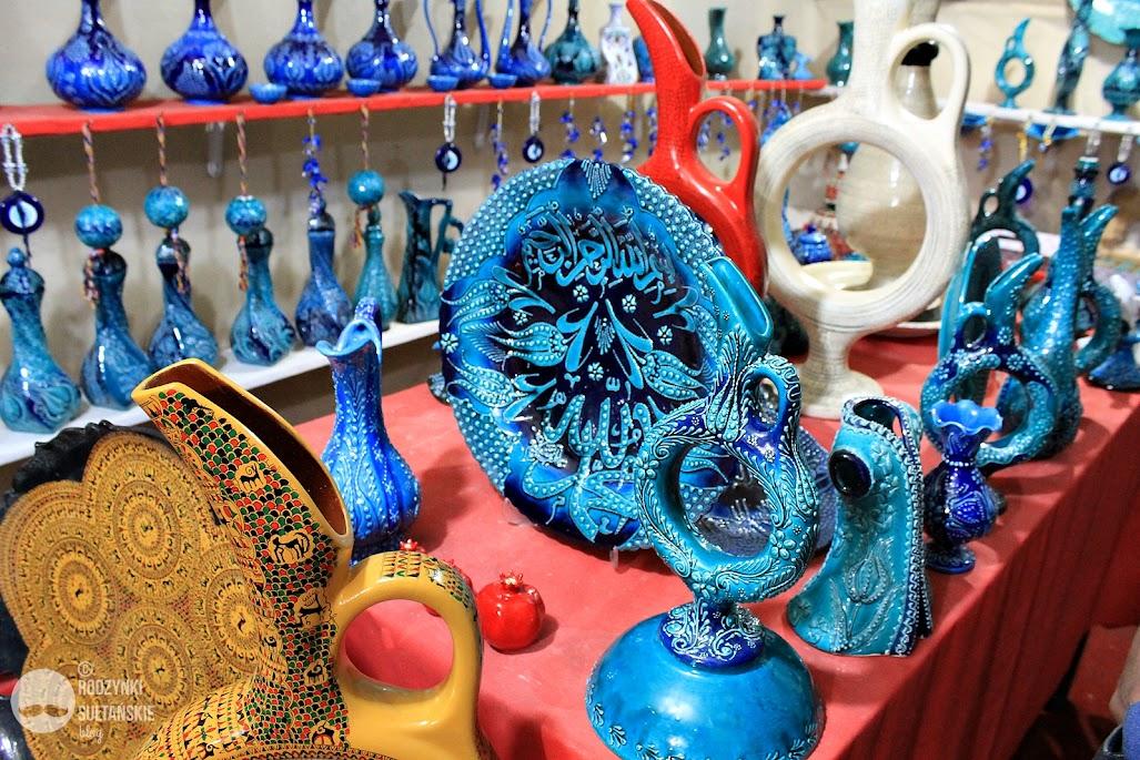 Tradycyjne gliniane naczynia to specjalność miasteczka Avanos.