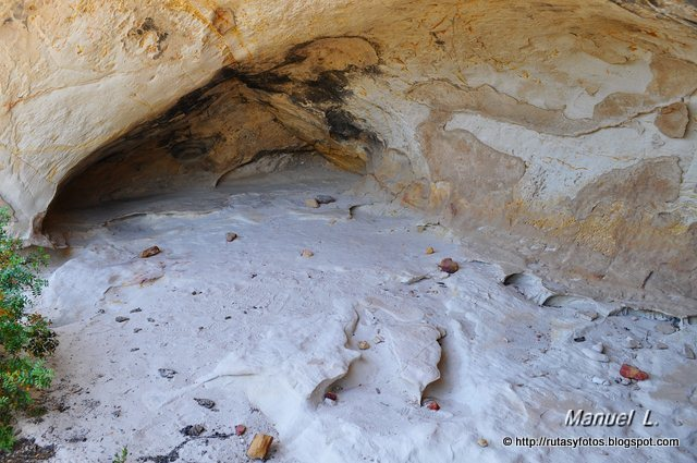 Cuevas de Sierra Momia