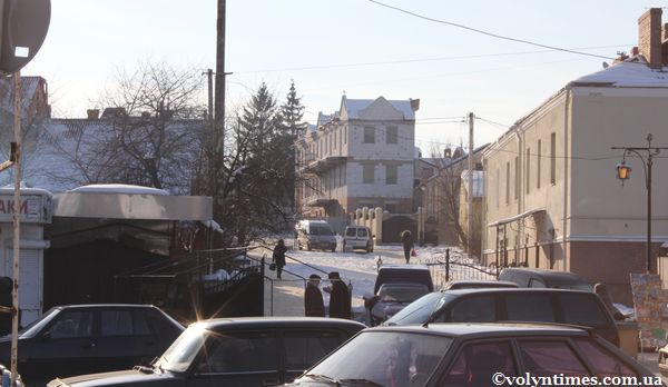Вид з вулиці Глушець 30.01.2012 р.