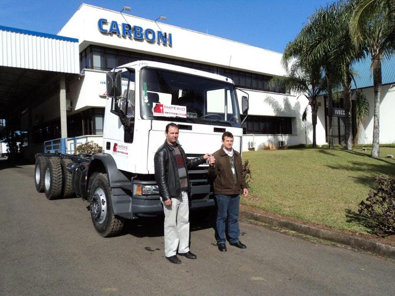 Unidades Iveco zero quilômetro são entregues na Carboni de Videira carboniivecoentregalbcomercioeserv