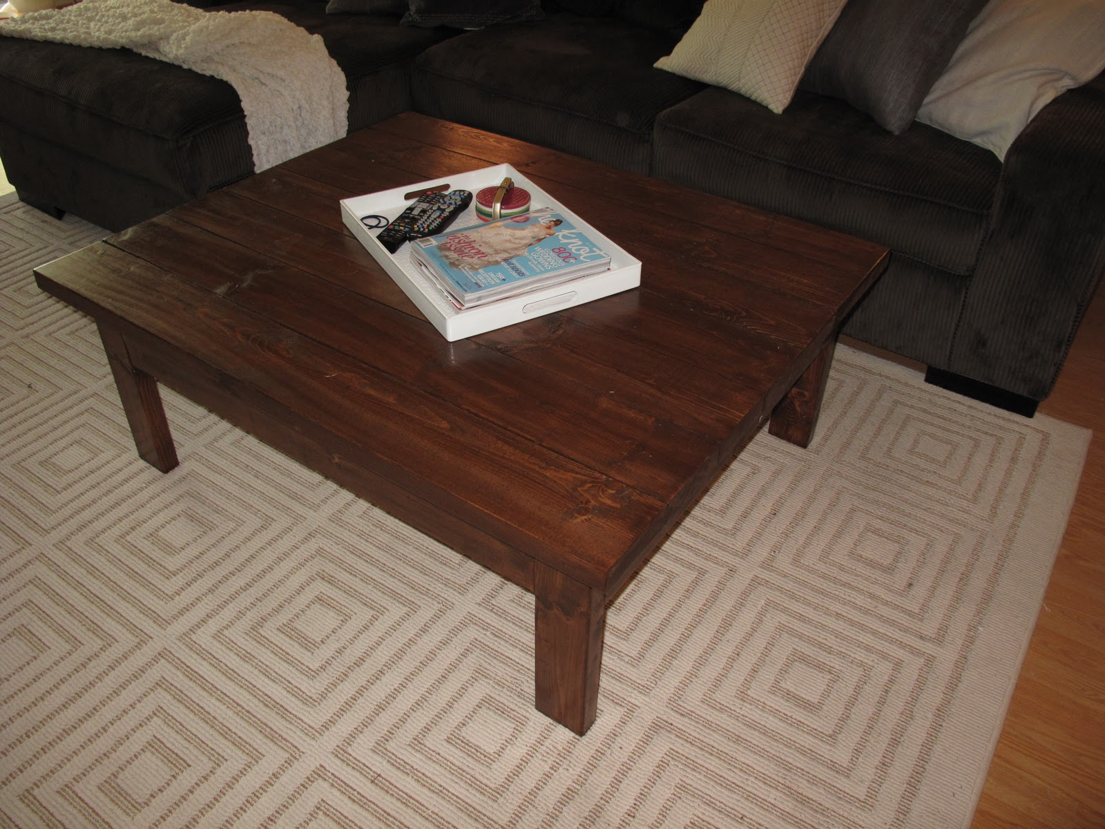 Domestic Jenny easy diy coffee table