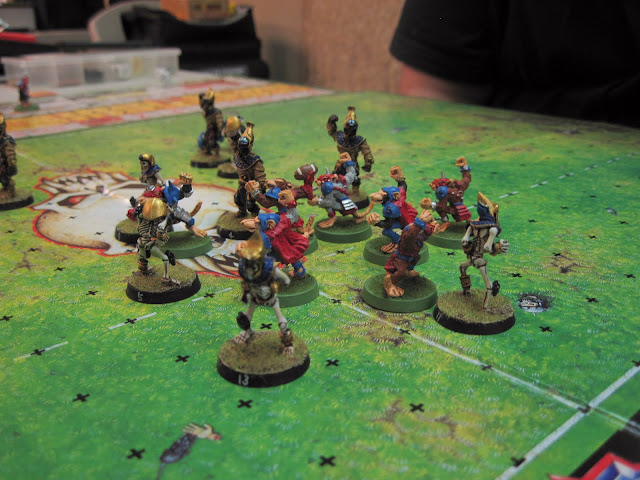 Skaven doing the victory dance.