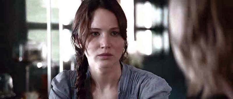 Screen Shot Of Hollywood Movie The Hunger Games (2012) In Hindi English Full Movie Free Download And Watch Online at Alldownloads4u.Com