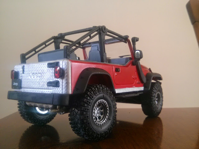 Revell Jeep Rubicon 2003 IMG_20150306_141230