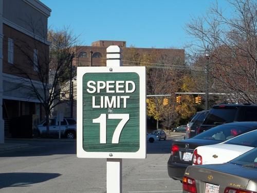 photo of speed sign that says 17 mph