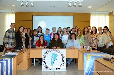 Karen Belmonte de Santana de Livramento participa do �Foro de Trabajadores de Danza�que reuniu representantes de v�rias entidades de dan�a de cidades argentinas, paizes vizinhos, It�lia e Espanha.