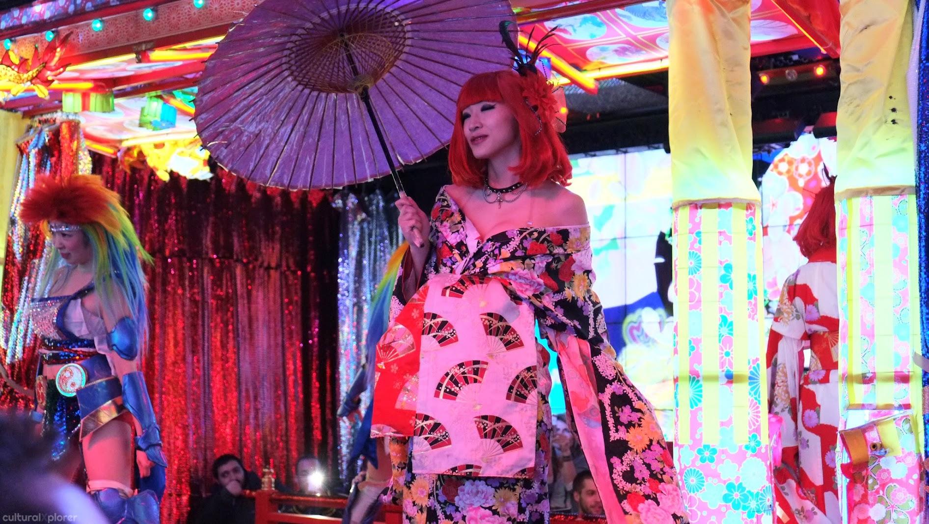Japanese woman Robot Restaurant