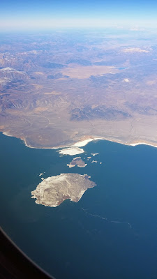 The islands of Mono Lake ©http://backpackthesierra.com