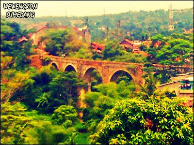 Jembatan Cincin di Desa Hegarmanah
