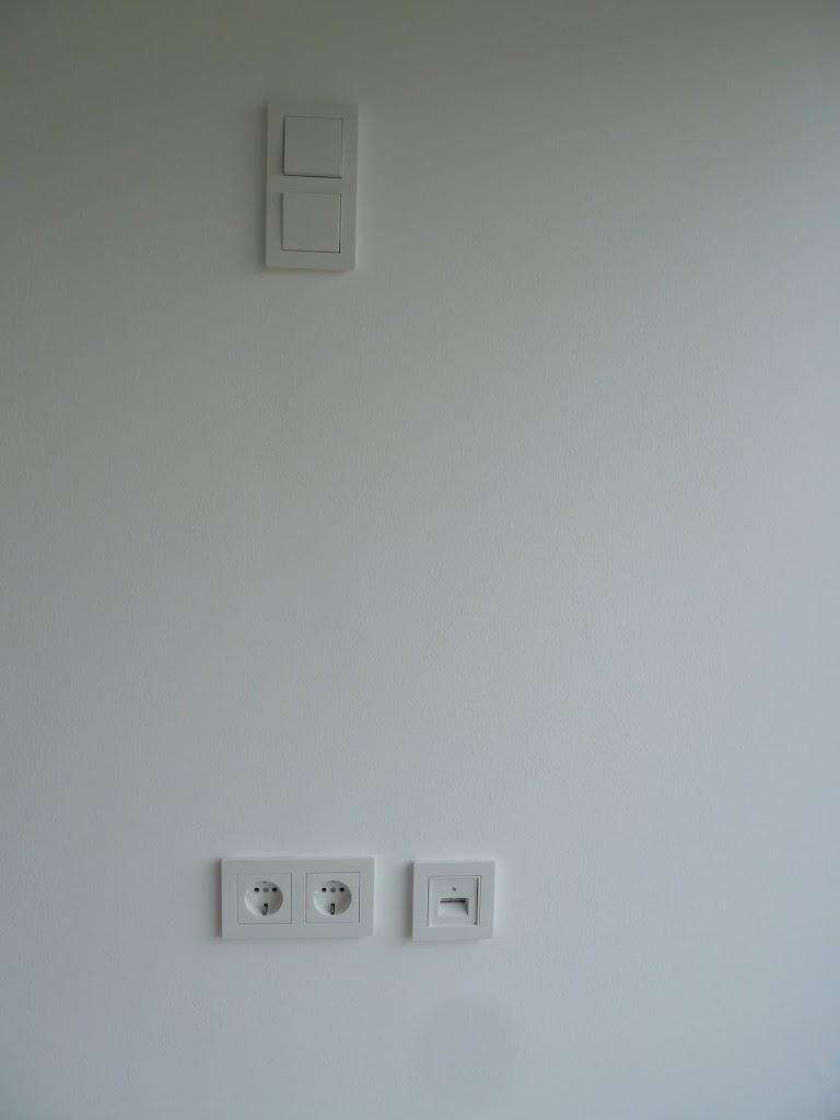 gira e22. Black Bedroom Furniture Sets. Home Design Ideas