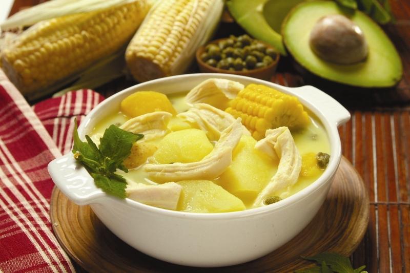 ajiaco+santafere%25C3%25B1o+con+pollo+%2528receta+tipica+colombiana%2529